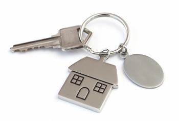 lb-express-eviction-spain-tenants1